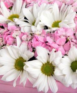 Ahşap Kasada Kır Çiçekleri – 3