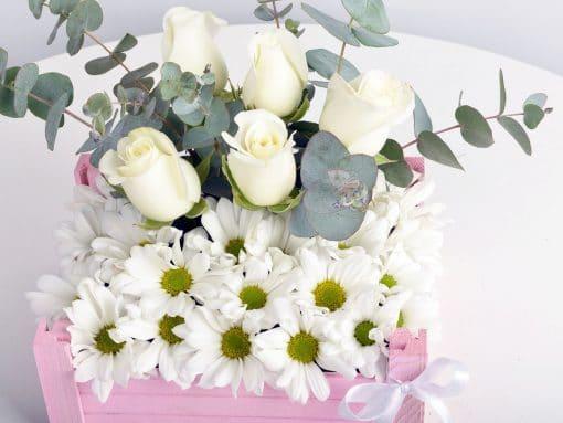 Bir Kasa Dolusu Çiçek – 4